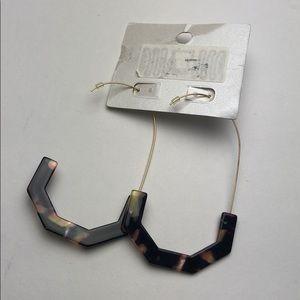 BaubleBar Jewelry - BaubleBar SUGARFIX Geometric Resin Earrings
